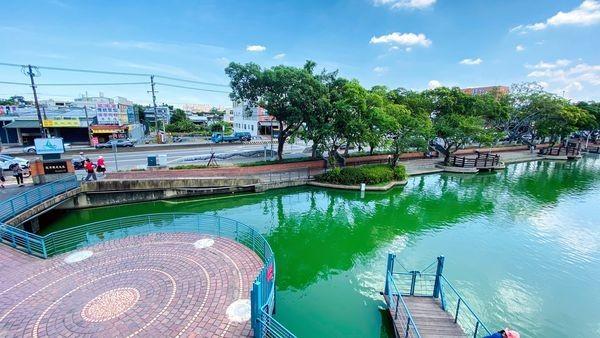 180度眺望綠波池畔!斜張式吊橋、最美景觀餐廳在龍潭大池
