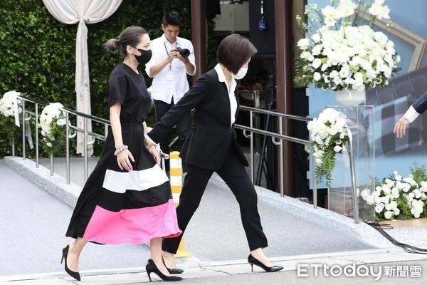 ▲▼羅霈穎告別式于美人、MAKIYO、王彩樺受訪。(圖/記者黃克翔攝)