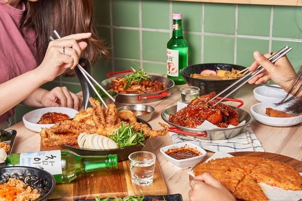 情人節「同桌相加超過180歲」用餐68折!頂呱呱集團推「老派約會」