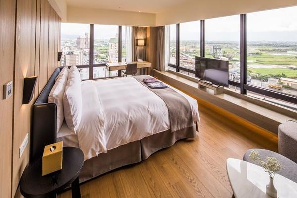 躺床上就能270度看蘭陽平原夜景!礁溪山形閣獲選TripAdvisor全台最熱門飯店