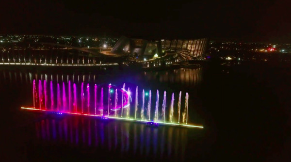 立體愛心飄浮空中!無人機燈光秀「七夕特別版」 故宮博物院週末浪漫約會
