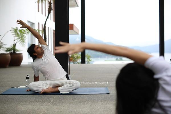 來趟超養生之旅!南投五星級渡假飯店 俯瞰日月潭做瑜珈太享受   ETto