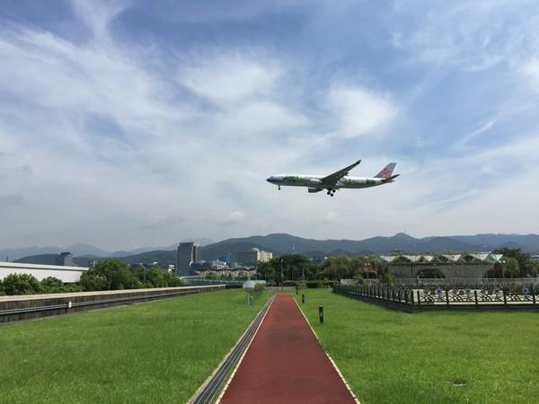 獨/「濱江街飛機巷」確定改建成公園!完工時間曝光 賞機私房點一次看