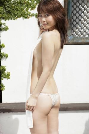 長崎真由子の美尻画像