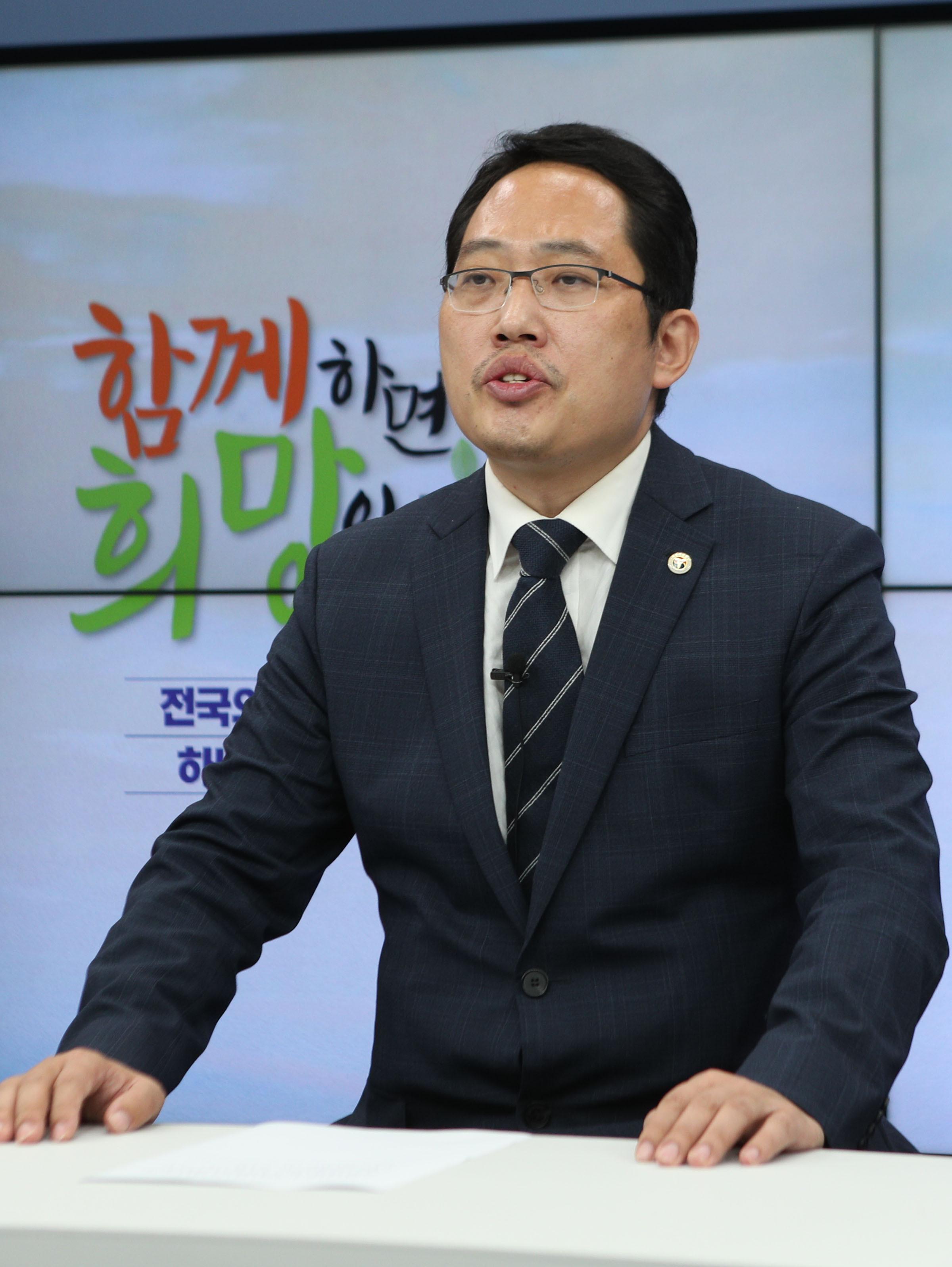 ▲▼大韓醫師協會會長崔大集(최대집)。(圖/達志影像)