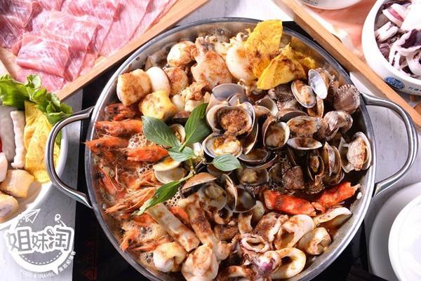 蛤蠣、蝦子多到蓋滿鍋!高雄浮誇火鍋吃到飽 6種銷魂湯頭任選 | ETto