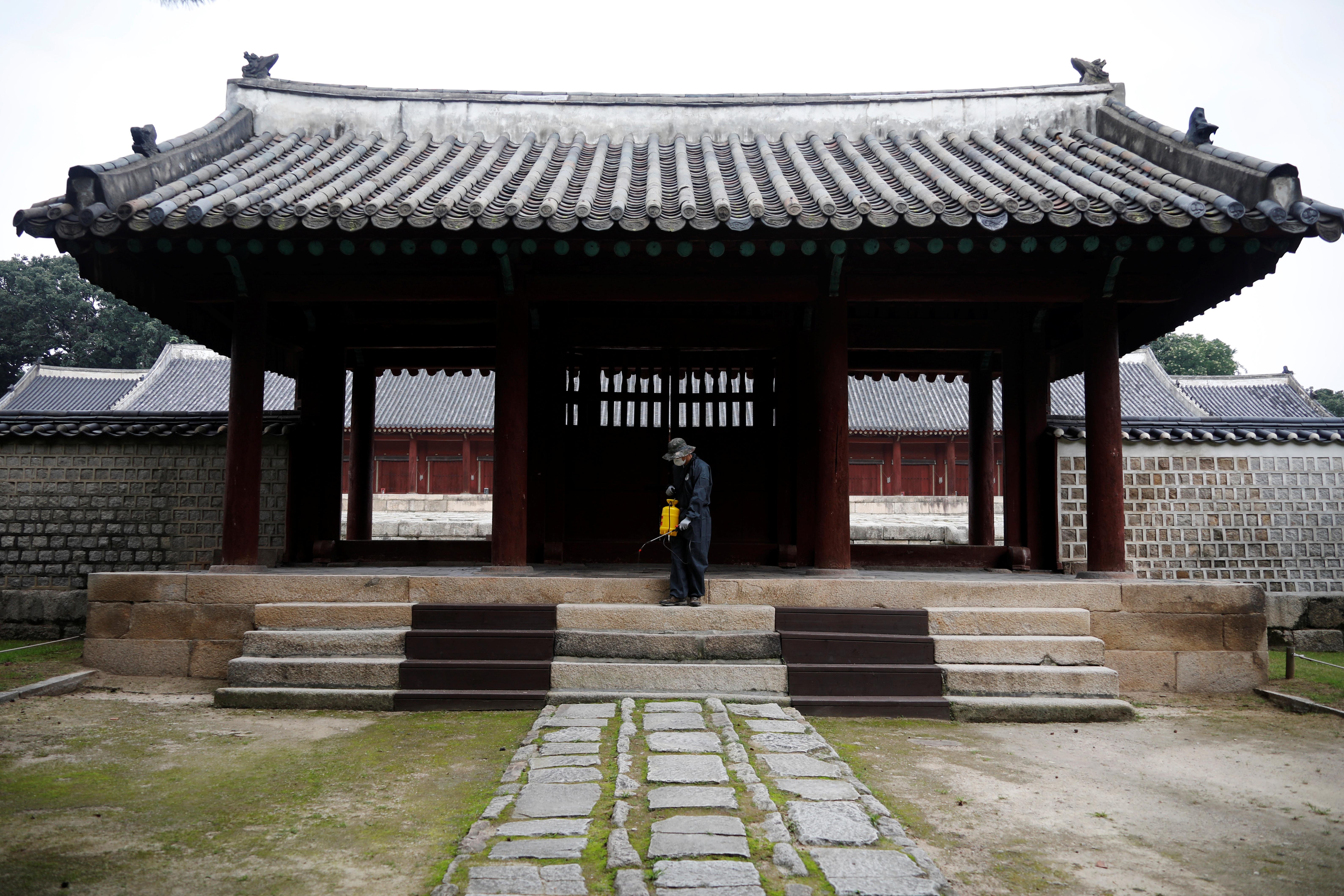 ▲▼南韓當局提升首都圈的防疫警戒。(圖/路透社)