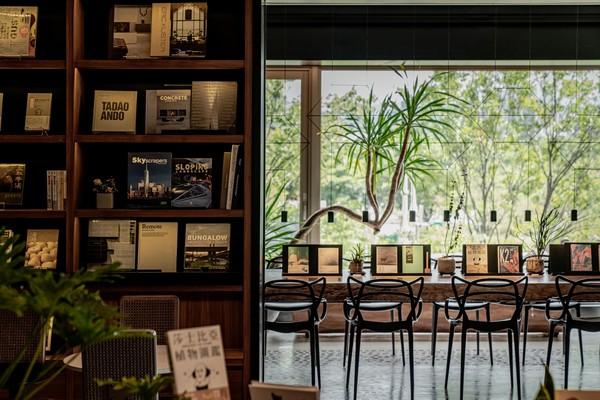 台北最美森林書店!「森大青鳥」試營運 百坪空間與大安森林公園共生息 |
