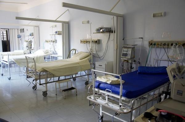 陳時中認了護理師警覺性不夠染疫 接觸確診者「全停止上班」
