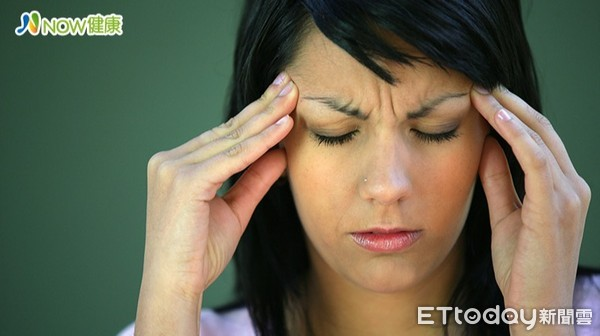 日日頭痛到哭竟是鼻子害的 醫師揭女子罹患中鼻甲症候群 | ETtoday