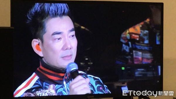 快訊/任賢齊唱到一半「突暴哭中斷演出」 崩潰不捨小鬼:我失去了師弟