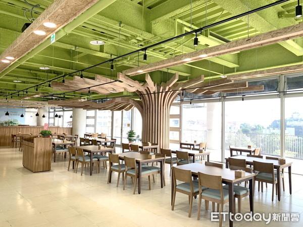 嘉大林務局產學合一 國產材柳杉開發利用打造「開心樹展空間」