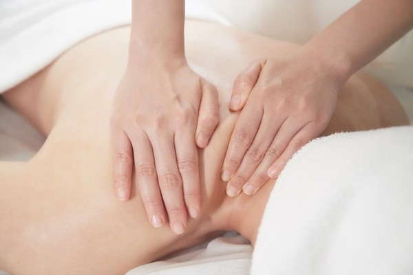 向惱人「肌肉緊繃」說掰掰!天然頂級精油療癒 來場身心靈健康SPA | E