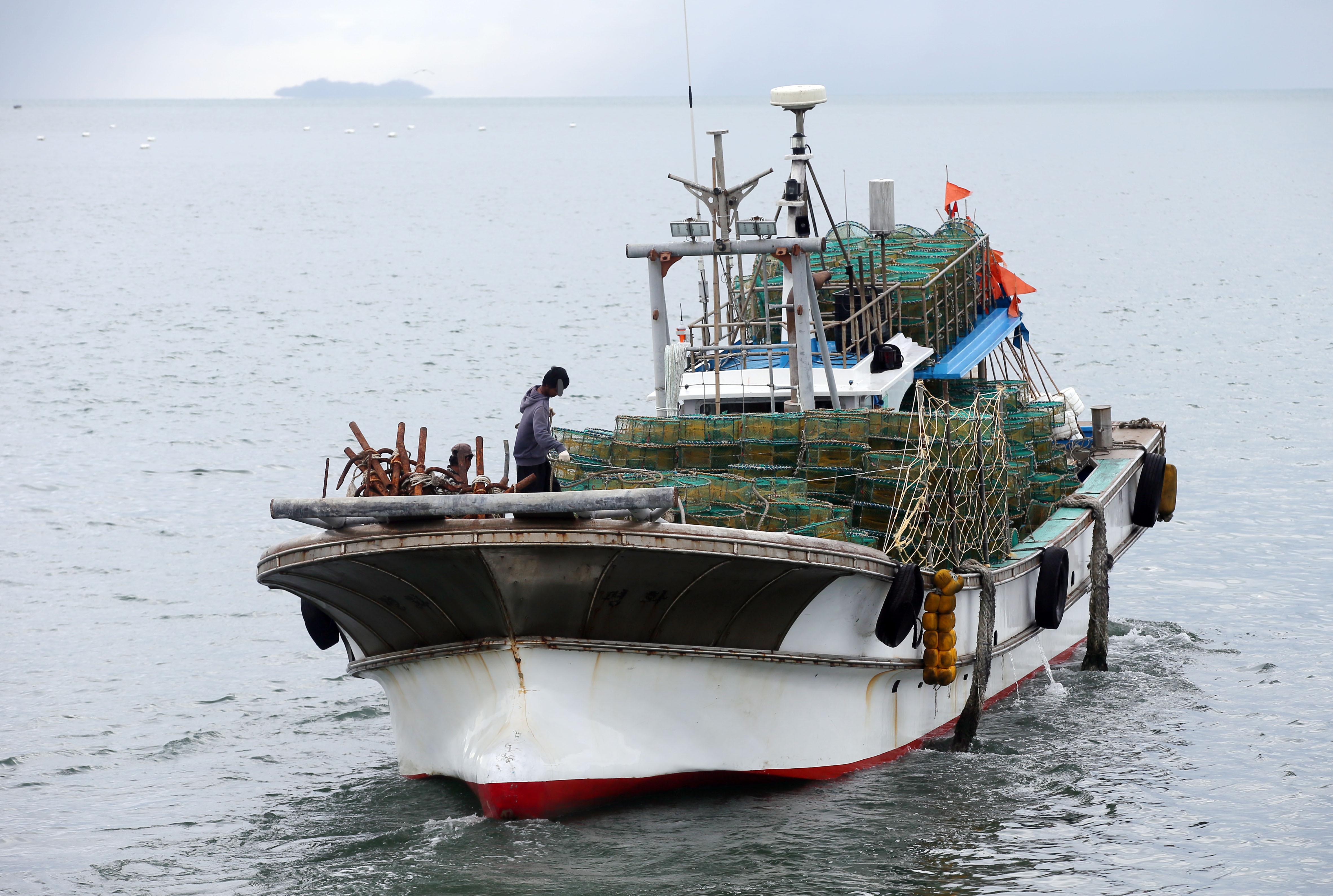 ▲▼南韓一名公務員搭乘漁業指導船,卻在北方交界線上離奇失蹤。(示意圖/達志影像)