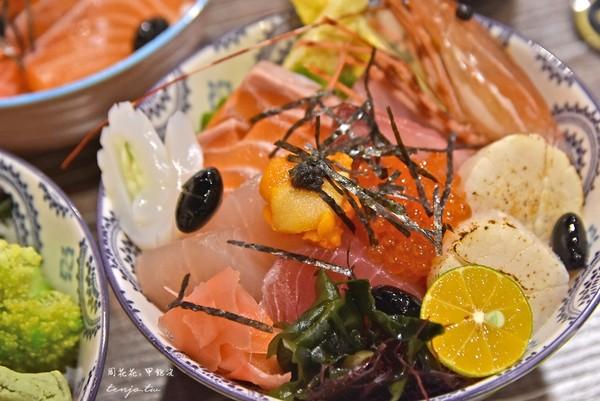 吃得到海膽、甜蝦太罪惡!三和夜市巷弄丼飯 鮭魚肥美鮮甜 | ETtoda