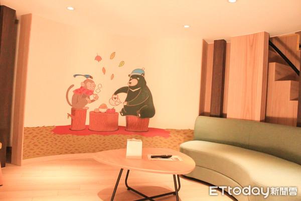 親子飯店鄰近故宮南院 世界名畫自由女神像全積木打造 | ETtoday地