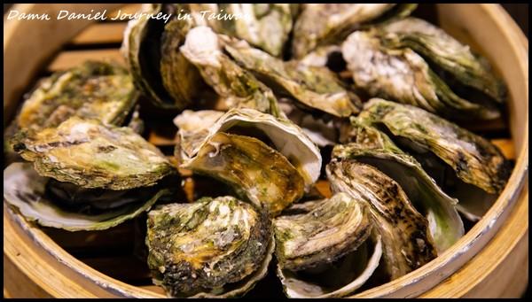 蒸牡蠣大顆又鮮甜!澎湖邪惡海味小屋 小管麵線湯濃份量多