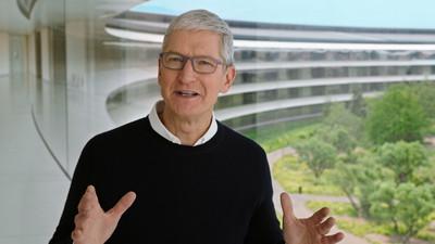 蘋果CEO庫克在微博發中秋祝福 遭中國網友猛酸「沒用iPhone13」!