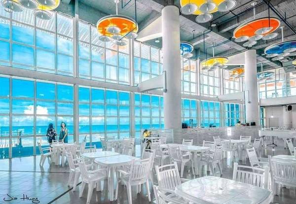 玻璃船屋+黃金海岸秒飛沖繩!特搜台南新夯點 必訪夢幻水上樂園 | ETt
