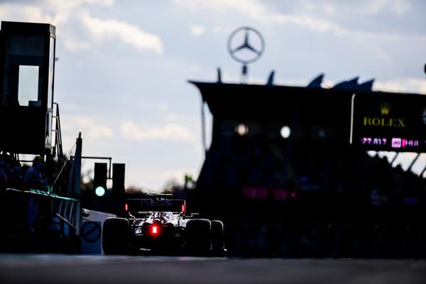 6連霸F1冠軍「賓士車隊驚傳退出」?執行長說話了:只是要刪預算