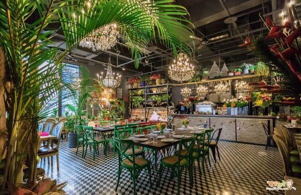 彷彿身處於熱帶雨林 《她們創業的那些鳥事》劇迷必朝聖的5家餐廳 | ET