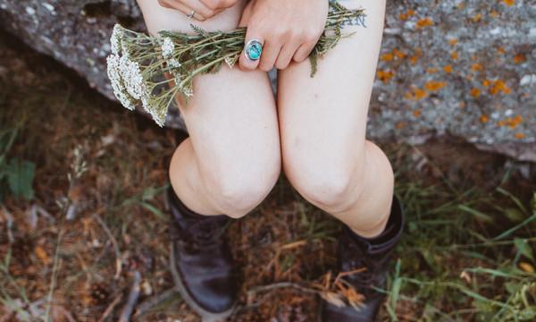 常穿絲襪、作息不規律...小心私密處「苔癬化」 保養4細節記起來 | E