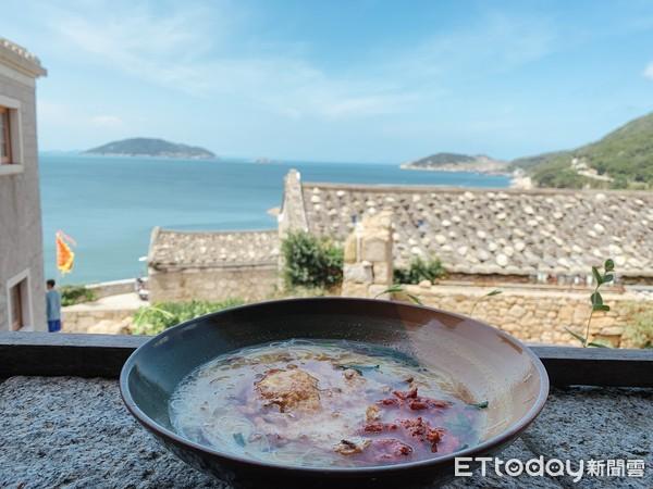 台版地中海前吃老酒麵線、蚵仔繼光餅!馬祖6大必嚐美味