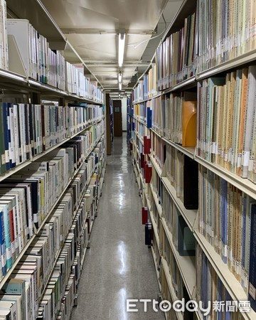 直擊國會圖書館!藏身昏暗地下室管線外露 曾考慮搬遷5地 | ETtoday政治新聞 | ETtoday新聞雲