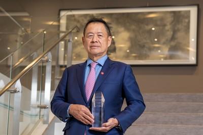 不被疫情打敗! 中國信託銀行董事長利明献獲頒「臺灣最佳CEO」