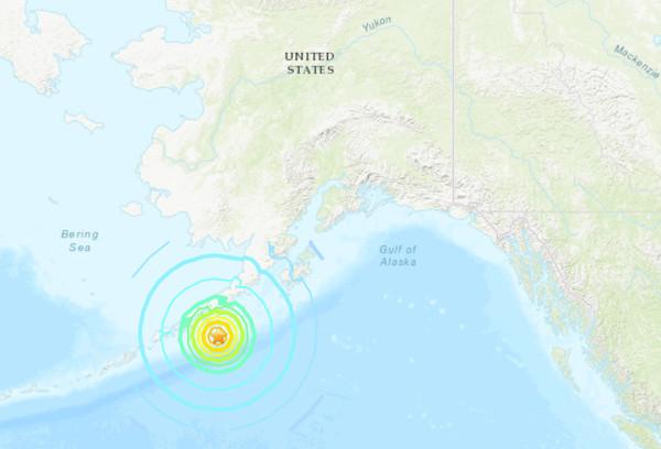 快訊/美阿拉斯加外海規模7.5強震 南海岸線響「海嘯警報」