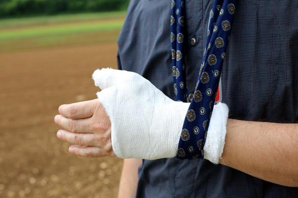 骨質疏鬆造成骨折最常斷這3部位! 放著不管小心會致命 | ETtoday