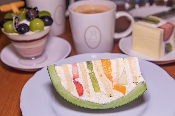 台北日系甜點店 超萌「哈密瓜蛋糕」每口都料、還有巧克力口味   ETto