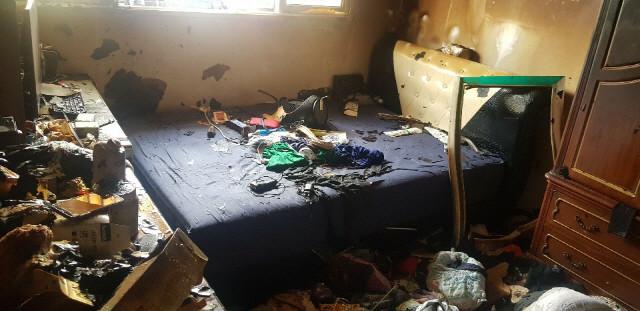 ▲▼10歲男童醒來後,曾表示自己和弟弟的書包與課本都被大火燒毀。(圖/仁川消防本部)