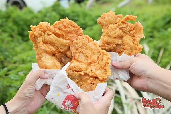 雞排只要45元!台南隱藏炸物小攤 雞腿咬下噴汁、雞皮酥超涮嘴 | ETt