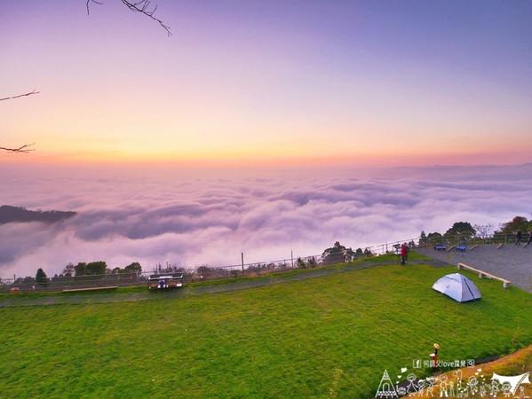 「雲海」淹進來了!苗栗高山露營秘境 眺望絕美關刀山脈水流雲瀑 | ETt