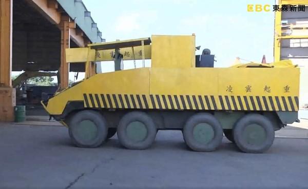 國軍「偽裝甲車」照片爆紅 眾網看傻:全世界都知道了