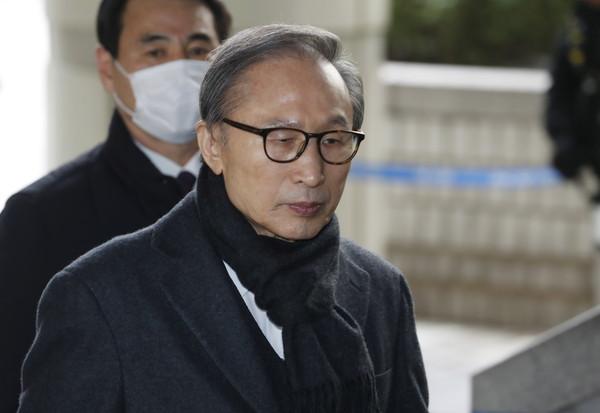 快訊/南韓前總統李明博涉貪...遭大法院判17年徒刑 恐重新入獄!