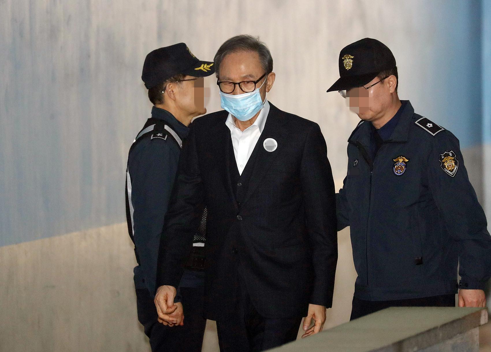 ▲▼南韓前總統李明博將於11月2日回監服刑。(圖/CFP)