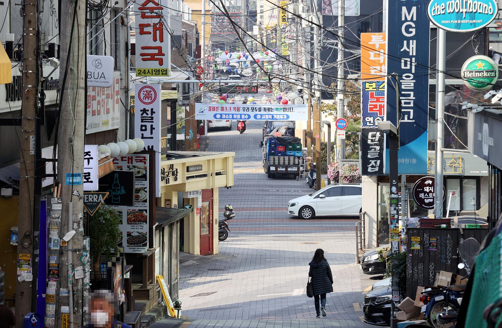 ▲▼今年萬聖節受疫情影響,首爾梨泰院街道異常冷清。(圖/CFP)