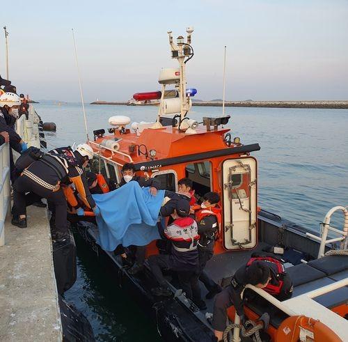 ▲▼南韓發生漁船衝撞跨海大橋橋墩的死亡事故。(圖/南韓忠清南道泰安海洋警察署)
