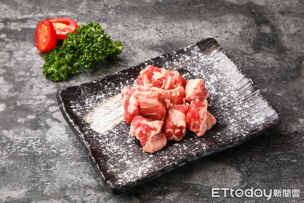 牛肋條、豬五花加購價只要15元 胡同燒肉15週年慶11/23開跑