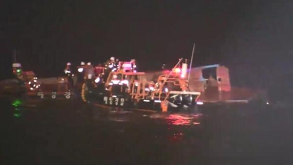 ▲▼南韓黃海(西海)小延坪島海域發生漁船翻覆事故,目前為1死3失蹤。(圖/仁川海洋警察署)