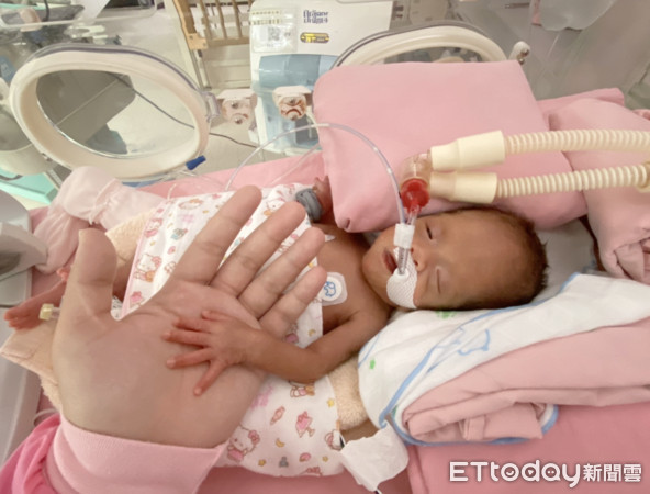 返家才是挑戰開始! 「早產寶寶健康手札」讓新手爸媽不慌張   ETtod