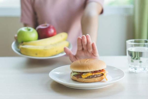 別踩心臟病地雷!3類「超肥食物」一次曝…專家:多數民眾天天吃   ETt