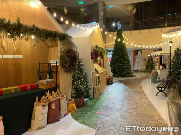 桃園免費「聖誕市集」來了!熱紅酒、甜點都有…巨型薑餅城12/19點燈