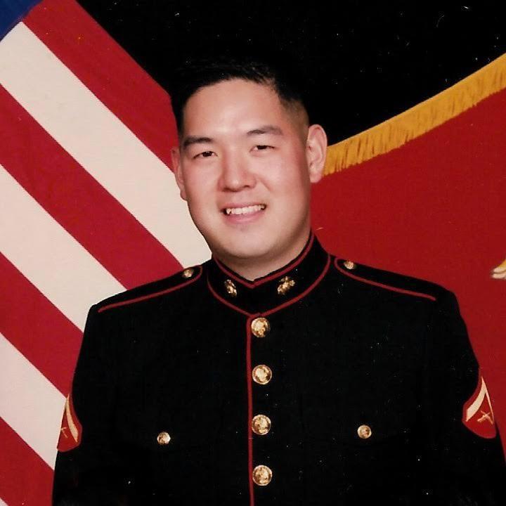 ▲▼「自由朝鮮」核心隊員克里斯多福‧安曾有美軍陸戰隊6年的服役經驗。(圖/翻攝自自由朝鮮官網)