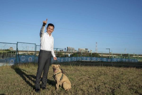 打造新竹左岸狗狗公園!26組玩瘋設施+夜間照明+飲水+遮雨棚 | ETt