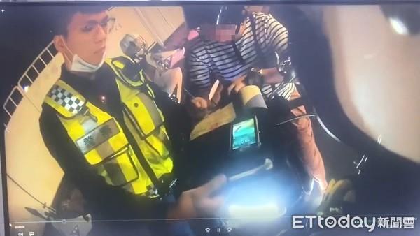 ▲▼板橋一名母親遭開600罰單不爽急催油門,後座兒噴飛摔落馬路。(圖/記者陳豐德翻攝)