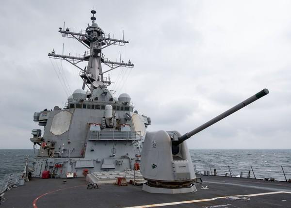 今年第11度 美軍驅逐艦通過台灣海峽
