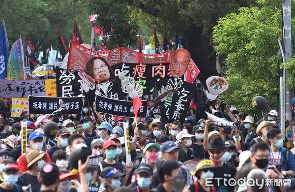 圖/藍白動員參加秋鬥「反萊豬」 湧5萬人響應擠爆凱道